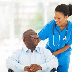 Aide a domicile avec un patient